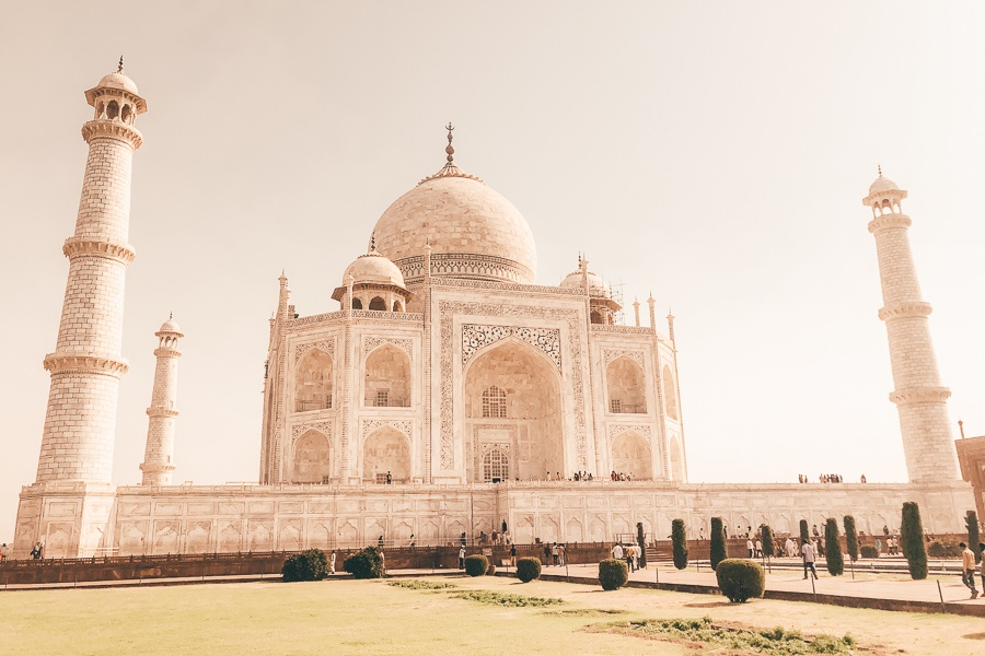 Front view of the Taj Mahal in Agra, India
