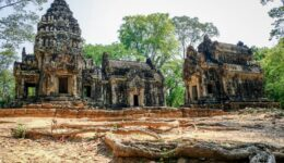 Angkor Wat pictures from Cambodia