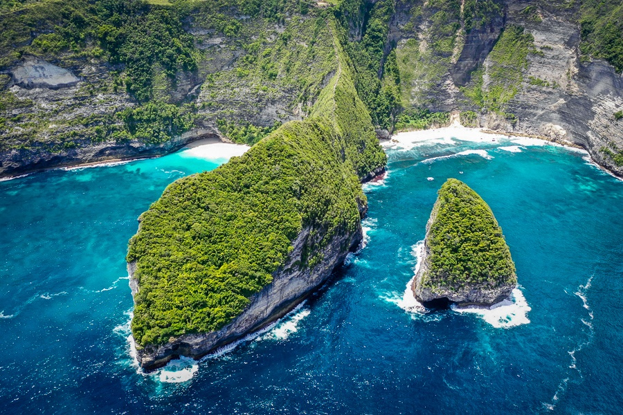 Drone pic of giant cliffs