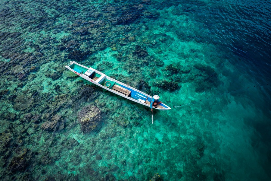 Drone picture of a Sulawesi fisherman boat