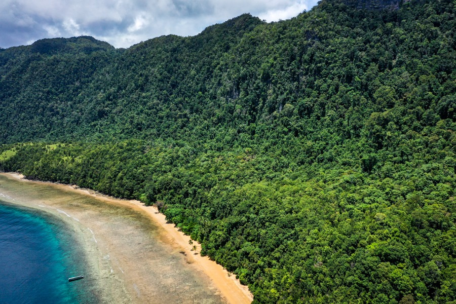 Pantai Pasir Merah Red Sand Beach drone picture in Sulawesi